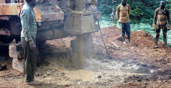 Succès du forage au Cameroun en Afrique-Centrale